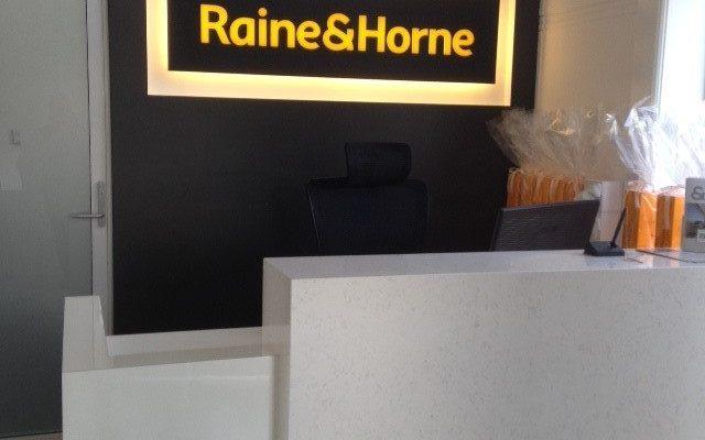 R & Horne 1 (2)